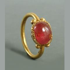 Roman Gold Ring Set With Garnet